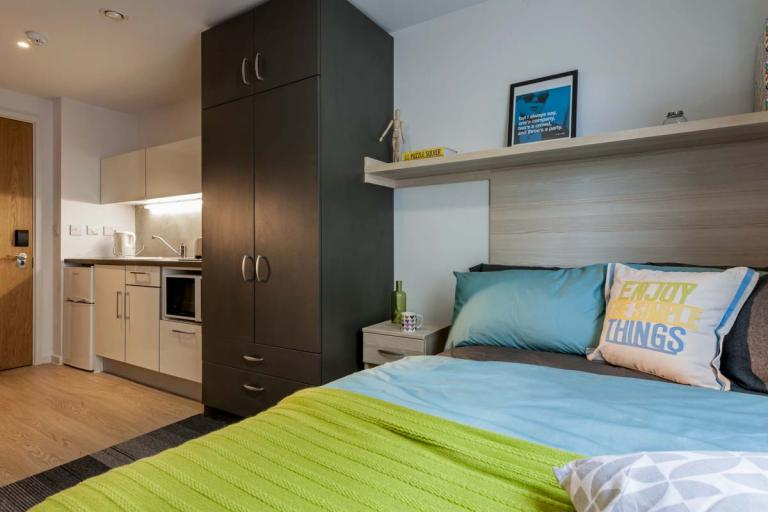 Bedroom at The Railyard