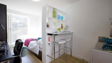IQ Bankside bedroom